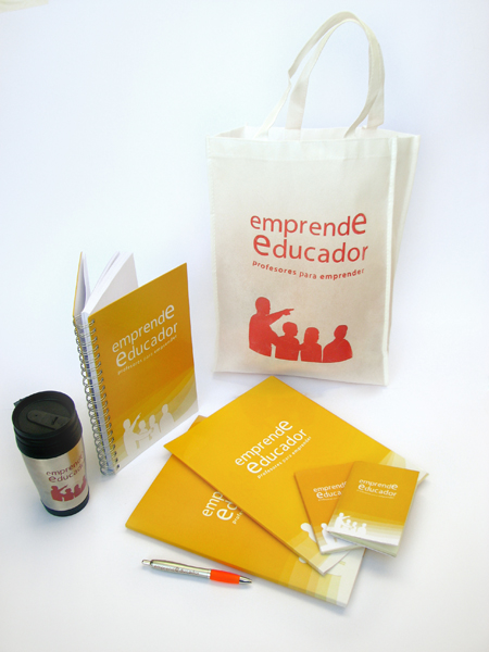 RG productos emprendEducador pucv - All rightd reserved by Romina Guerra Alvarez